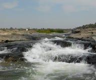 Cascades de Zanzari, Goudjerate, une cascade multi dans un endroit photographie stock libre de droits