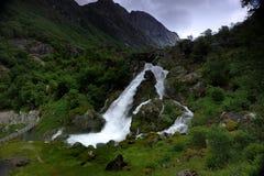 Cascades du glacier de Briksdal Photographie stock