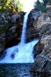 Cascades en parc national de glacier image stock