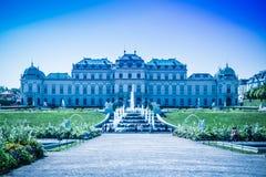 Cascades fontaine, jardin de belvédère à Vienne, Autriche images stock