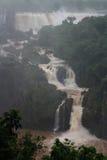 cascades les chutes d'Iguaçu Photographie stock libre de droits