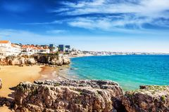 Cascais, Portugalia, piękny krajobraz, widok morze i obraz stock