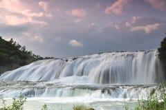 cascata Immagini Stock