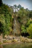 Cascata al giardino giapponese Immagine Stock