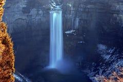 Cascata alla città della Buffalo, NY, S.U.A. fotografia stock libera da diritti