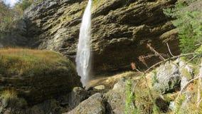 Cascata in alpi slovene Immagini Stock