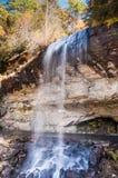 Cascata in autunno, Nord Carolina occidentale, altopiani vicini Immagini Stock Libere da Diritti