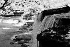 Cascata in bianco e nero Immagine Stock