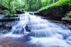 Cascata, cascata del som di Khum, distretto di Muang, Sakon Nakhon, Tailandia Fotografia Stock Libera da Diritti