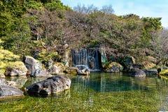Cascata del giardino a Himeji immagini stock