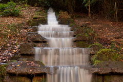 Cascata dell'acqua alla Camera di Chatsworth immagini stock