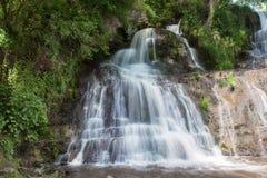 Cascata dell'alta montagna Fotografia Stock