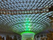Cascata della luce verde fotografia stock libera da diritti
