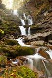 Cascata della montagna Fotografie Stock Libere da Diritti