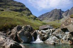 Cascata della montagna fotografie stock