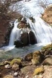 Cascata della torrente montano a Oita, Giappone Immagini Stock