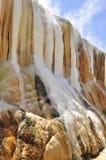 Cascata delle sorgenti di acqua calda in Guelma, Algeria fotografia stock