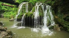 Cascata di Bigar, contea di Caras-Severin, Anina Mountains, Romania archivi video