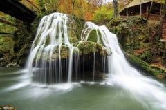 Cascata di Bigar, Romania fotografie stock