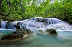Cascata di Erawan, Kanchanaburi, Tailandia Fotografie Stock
