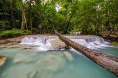 Cascata di Erawan, Kanchanaburi, Tailandia Fotografia Stock Libera da Diritti