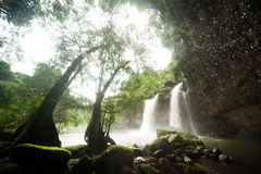 Cascata di Haew Suwat nel parco nazionale di Khao Yai, Tailandia Fotografia Stock Libera da Diritti