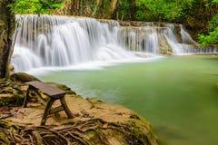 Cascata di Huay Mae Khamin, attrazione turistica naturale famosa dentro Fotografie Stock Libere da Diritti