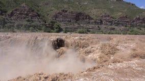 Cascata di Hukou video d archivio