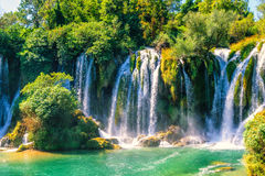 Cascata di Kravice sul fiume di Trebizat in Bosnia-Erzegovina fotografia stock libera da diritti