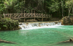 Cascata di Kuang Si Immagine Stock