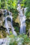 Cascata di Kuang Si Fotografie Stock Libere da Diritti