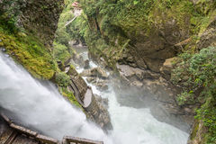 Cascata di Pailon Del Diablo, Ecuador Fotografie Stock