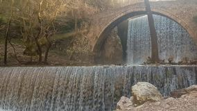 Cascata di Palaiokaria a Trikala in Grecia stock footage