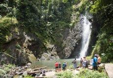 Cascata a distanza: Suva, Figi fotografie stock libere da diritti