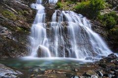 Cascata e cascata Immagini Stock