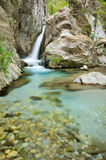 Cascata e flusso di Wonderfull in Taygetos Immagine Stock Libera da Diritti