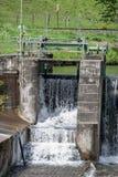 Cascata - fiume acqua - diga Fotografie Stock Libere da Diritti
