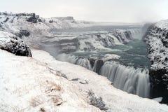 Cascata Islanda di Gullfoss nell'inverno fotografia stock libera da diritti
