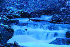 Cascata liscia blu Fotografia Stock