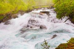 Cascata lungo il Aurlandsfjellet Norvegia Immagini Stock Libere da Diritti