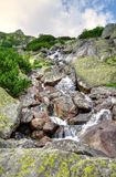 Cascata in montagne Fotografie Stock