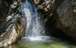 Cascata, montagne Cyprs di Troodos Immagini Stock