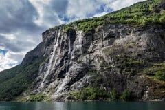 Cascata nel Geirangerfjord Fotografie Stock
