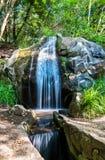 Cascata nel parco di Vorontsov in Alupka, Crimea immagini stock
