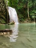 Cascata nel parco nazionale di Erawan Immagini Stock