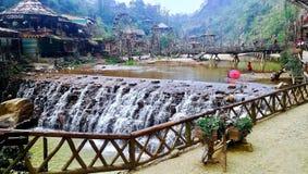 Cascata nel villaggio Sapa Vietnam di CatCat fotografia stock