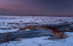 Cascata nell'inverno Fotografie Stock Libere da Diritti