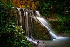 Cascata nella foresta verde in Polonia Immagine Stock Libera da Diritti