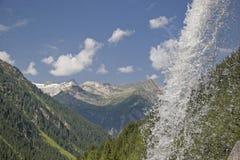 Cascata nelle alpi di Zillertal Fotografia Stock