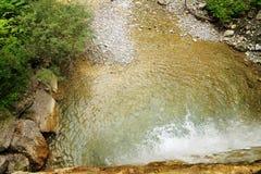 Cascata nelle alpi tirolesi Fotografia Stock